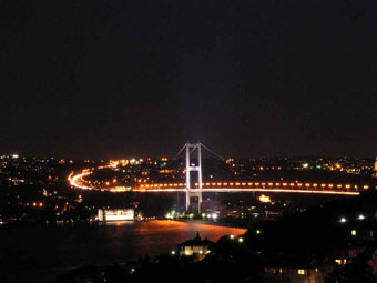 bosphorus in  night